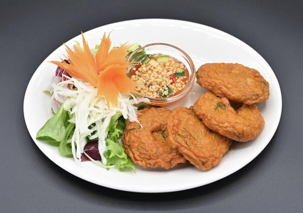 4. Spicy Fish Cakes (Thod man Plaa)