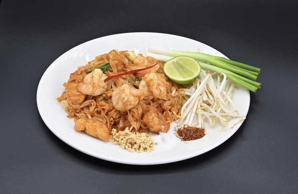 50. Phad Thai
